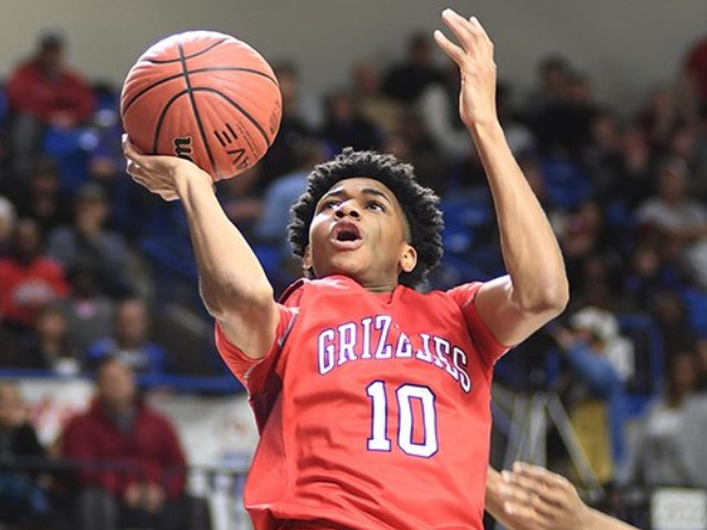 Hog commit takes center stage for tourney