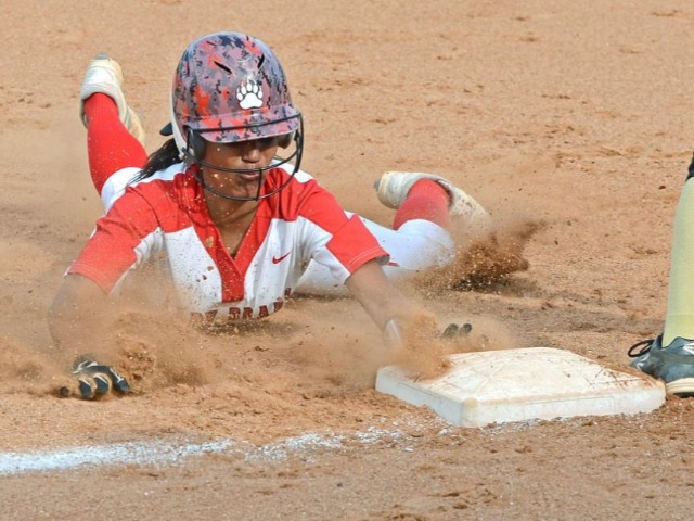 Conway rallies to defeat NHS