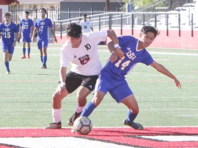 Hat trick from Mendez fuels Northside Grizzlies' home win