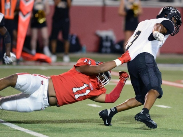 Grizzlies fall to Central in wild game, 42-35