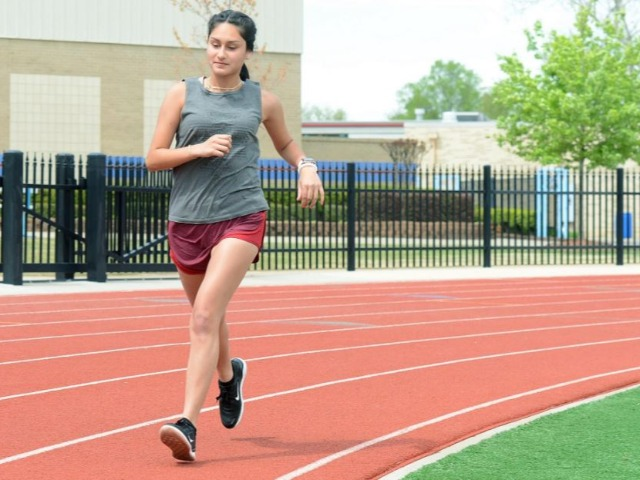 Southside's Mariana Hernandez remains passionate about running
