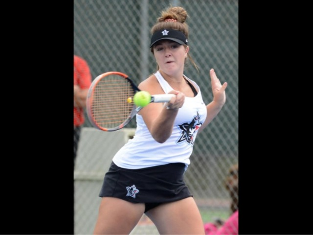 Mavs' Nelligan rediscovers her passion on tennis courts