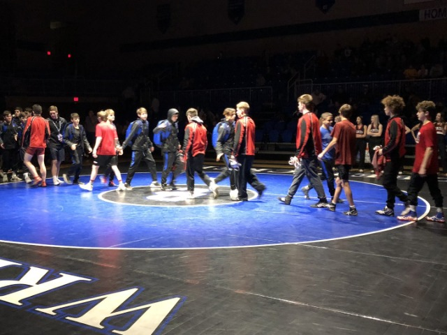 Wrestlers close dual season with 66-6 rout of Santa Fe