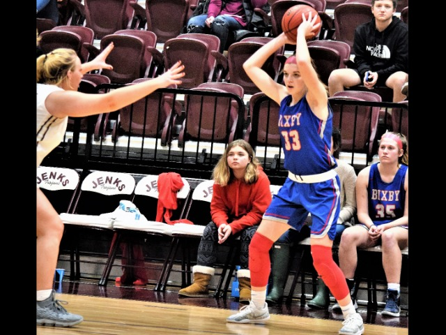 Bixby's Page Acquired Love For Basketball