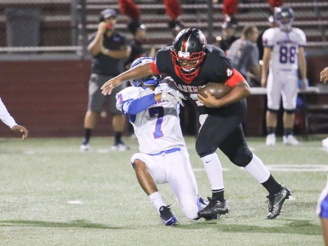 Zebras use big plays to rout Memorial 49-13, move to 4-1 and 2-0 in district