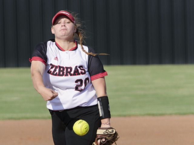 Rival Pryor blanks Zebras 10-0