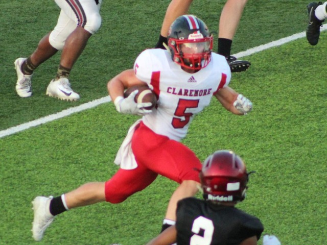 Claremore RB Hightower dislocates elbow in scrimmage tie with Wagoner