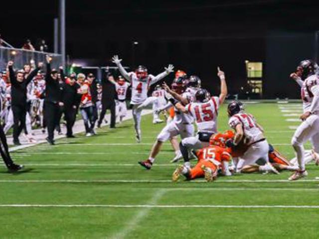 Zebras spoil No. 3 Tahlequah's undefeated season