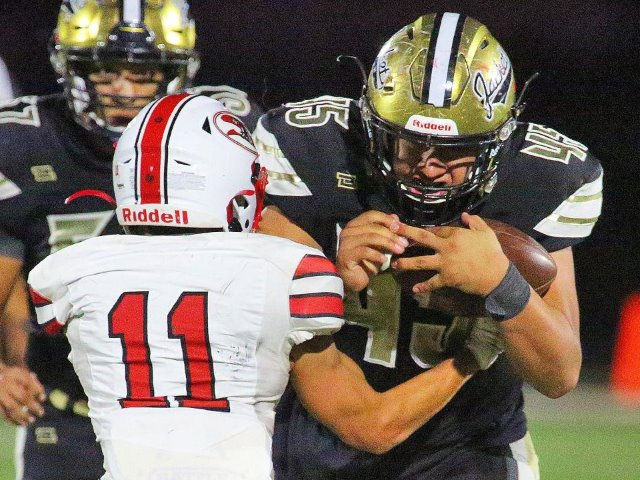 Image for Defense lifts Edcouch-Elsa to comeback victory over Sharyland