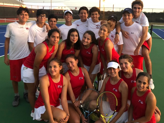 Team Tennis Moves to 2-0 in District