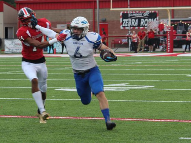 Williams, Sapulpa spear Claremore, 49-24