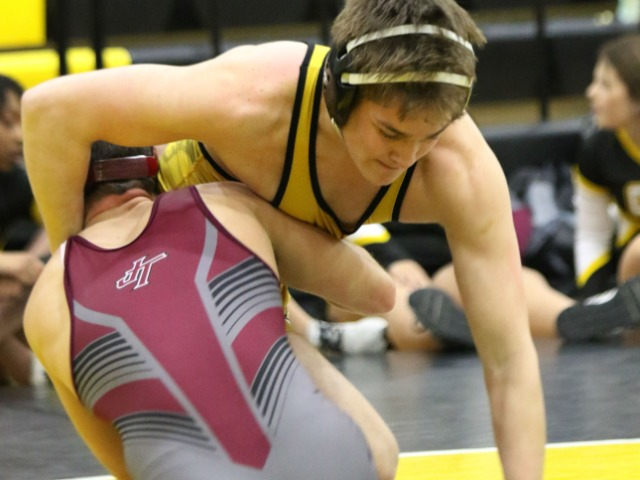 STATE WRESTLING: Sand Springs places 7th, Wiseley, Patton earn second