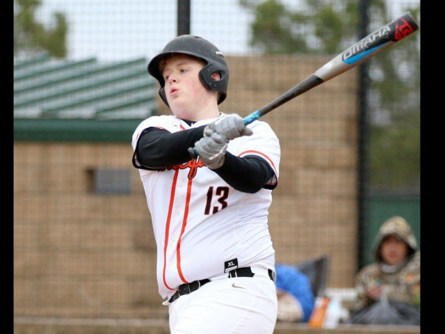 Five-run seventh carries Tahlequah
