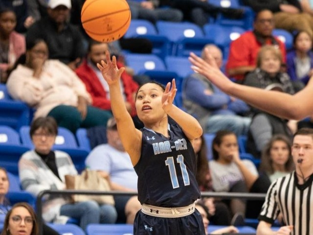 Lady Wampus Cats pass by Har-Ber, 73-56
