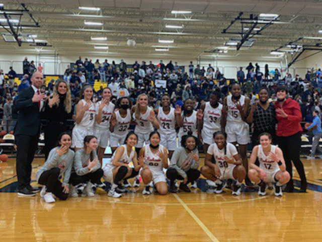Image for Liberty Girls Basketball Team Advances to State Semifinals