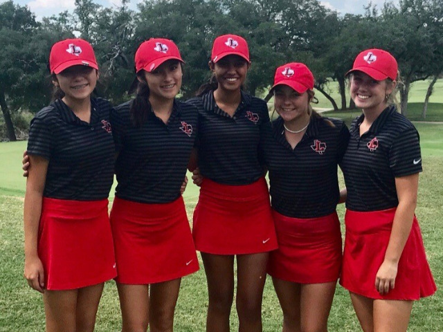 Liberty Girls Golf Team Performs Well at Elite Meet