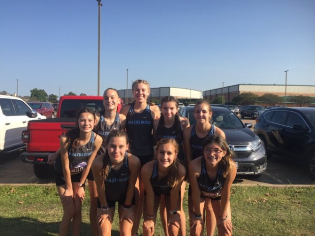 Image for Varsity Girls run at the Hilliaous Invitational