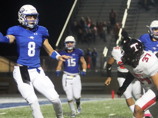 Kangaroos come up short against Euless Trinity
