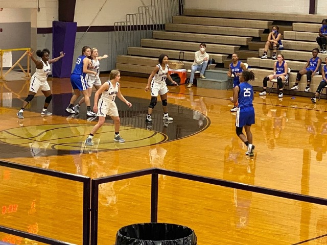 Ladydogs Defeat Hamburg 51-9