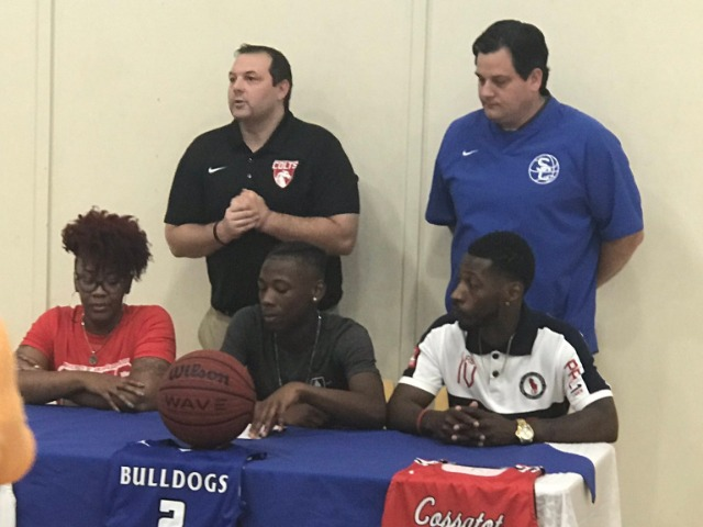 Dee Williams Signs with UA Cossatot