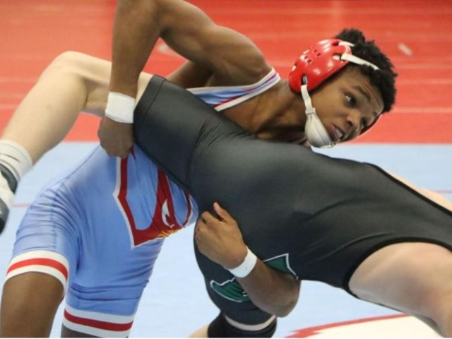 Collinsville takes aim at first dual state title since 2015