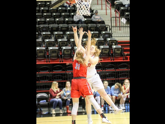 Skiatook girls rally to upset Collinsville