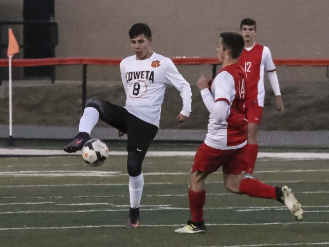 Coweta soccer falls to Skiatook 3-0, Tigers still looking for scoring combination