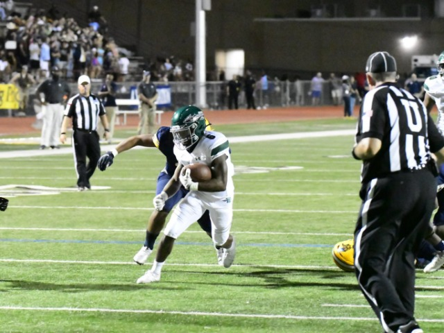 Stout defense leads Waxahachie football to first 2-0 since 2016