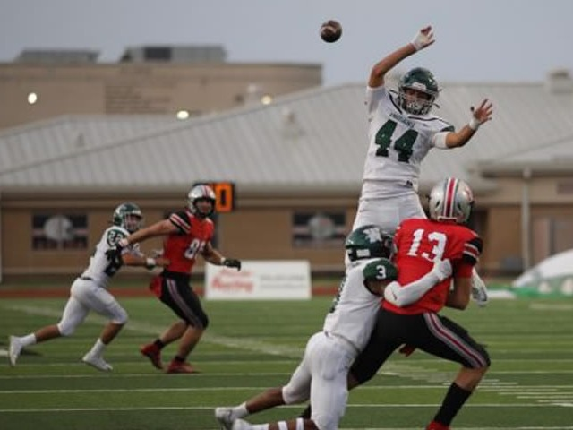 Image for Flower Mound Marcus Survives Late Waxahachie Comeback Effort