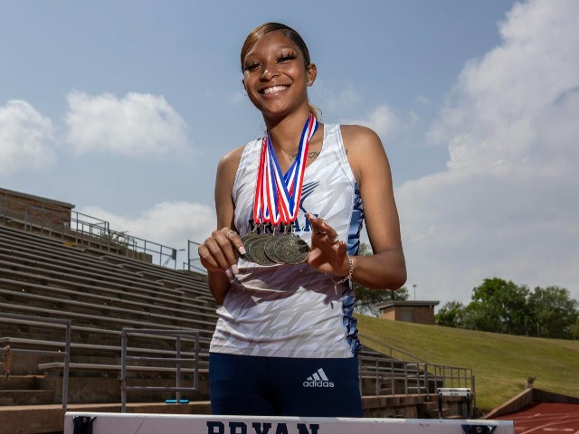 Bryan's Symoria Admins has breakthorugh performance at District 12-6A meet