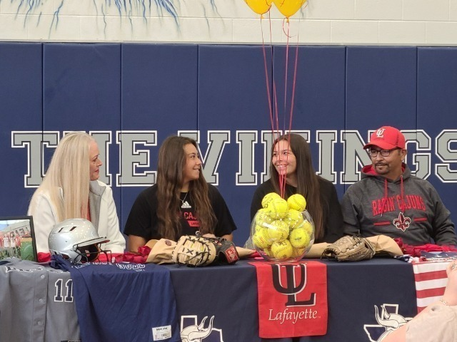 Adams Twins Sign to play for UL's Ragin' Cajuns