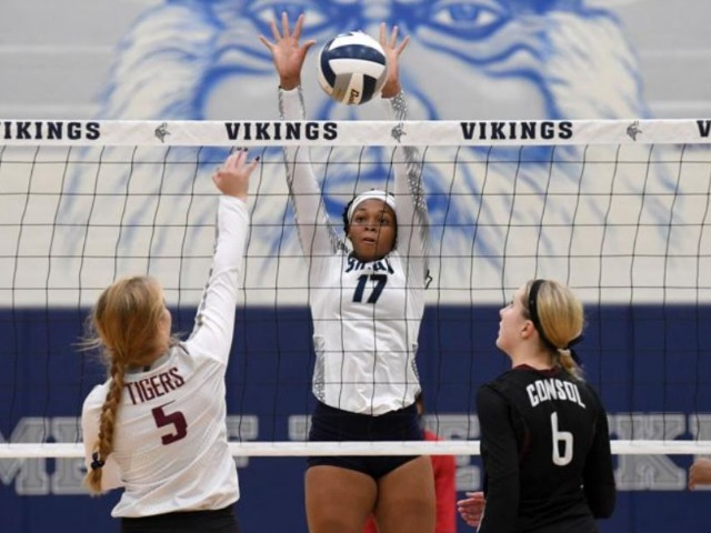 Bryan builds lead, but A&M Consolidated rallies for five-set volleyball victory
