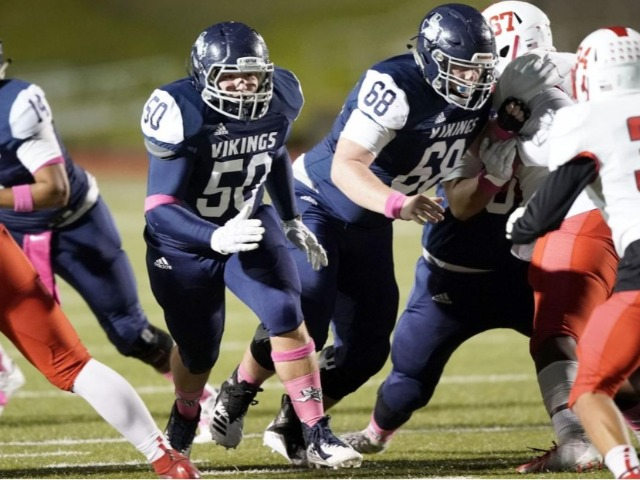 Bryan football team falls to Cypress Lakes in District 14-6A
