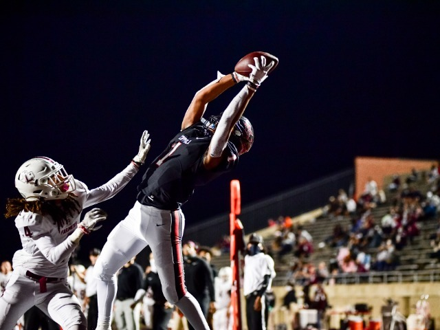 Cowboys fall 2-2 in district, losing to Lewisville 39-14