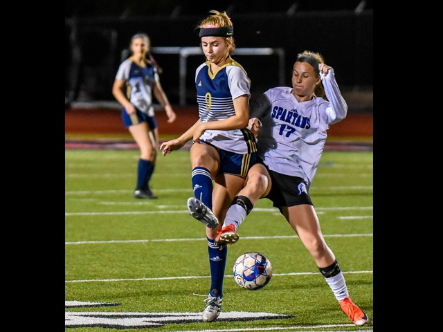 Late rally ends Lady Lobos' dream season on the pitch