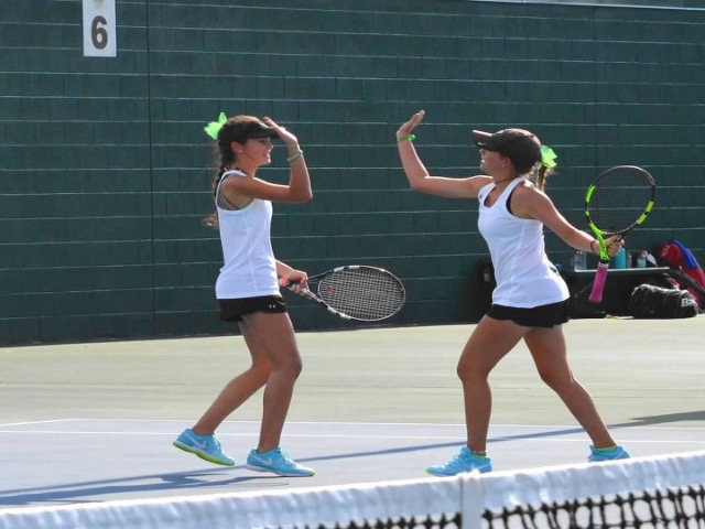 Dragon Team Tennis dominates Rider in 2nd straight home win