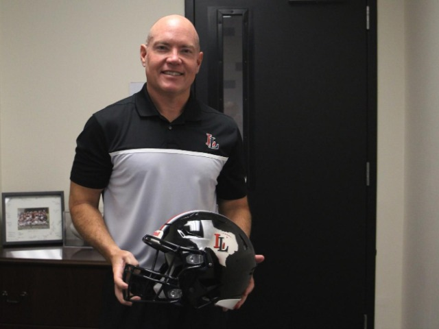 Chris Ross named 5A coach of the year