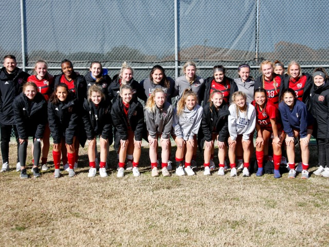 Varsity Girls Soccer Compete in Colleyville Tournament