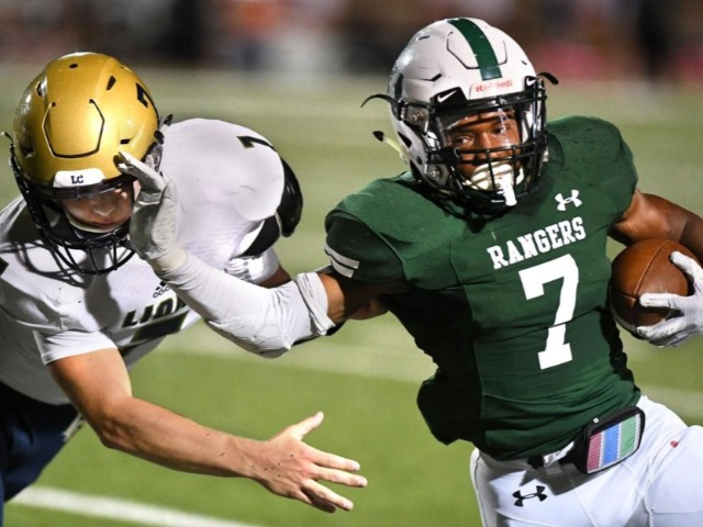 Rudder football team gets past Montgomery Lake Creek 35-28