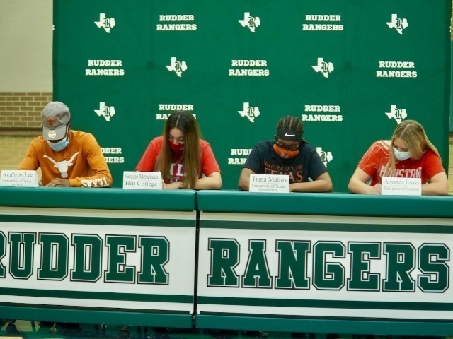 Rudder Athletes Sign Letters of Intent