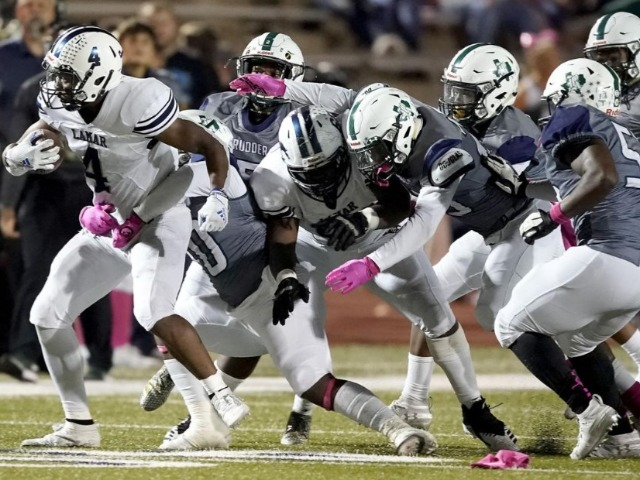 Rudder football team fights to stay with No. 8 Lamar Consolidated but loses 45-16