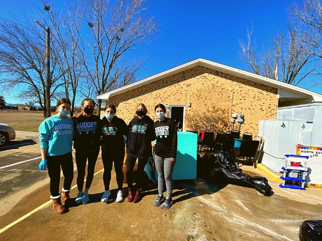 Rudder Volleyball Gets Active Helping the Community
