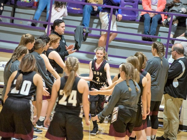 Lady Pirates, Jr. Lady Pirates beat Hector