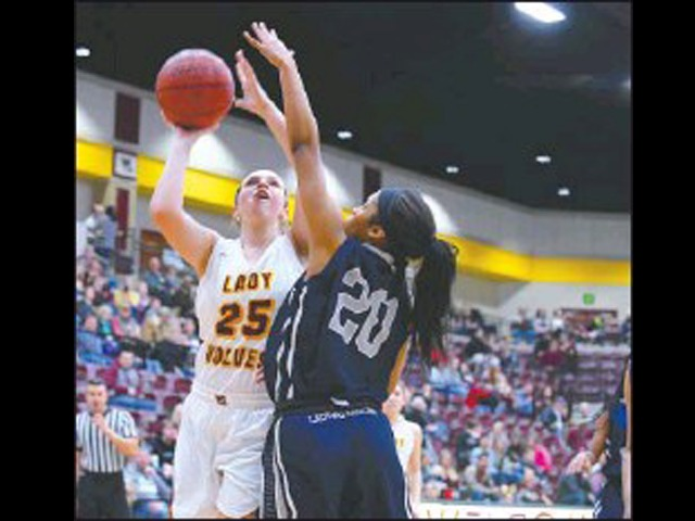 Lady Wolves rout Fair