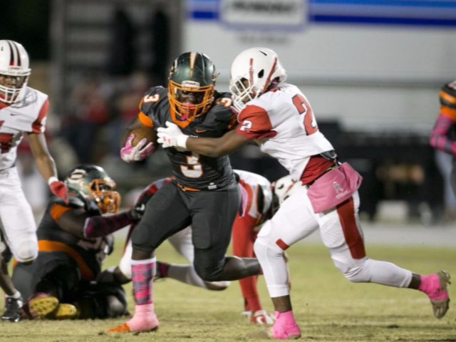 Miller leads Mosley past Bay, 22-16