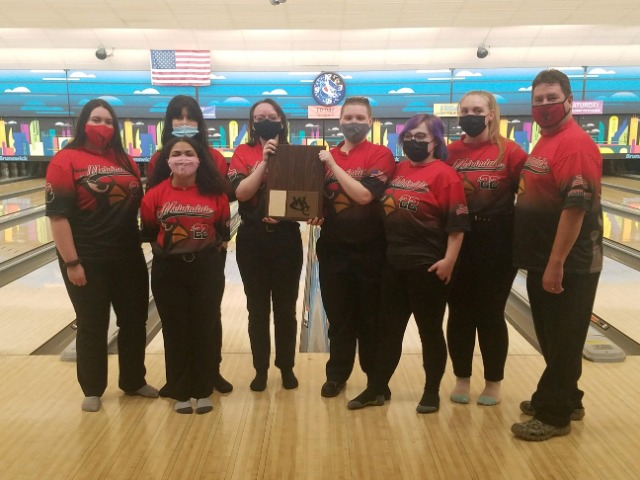 Melvindale Girls Place 2nd at D2 Bowling Regionals