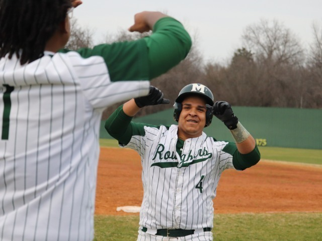 Roughers gut out win, go to 2-0
