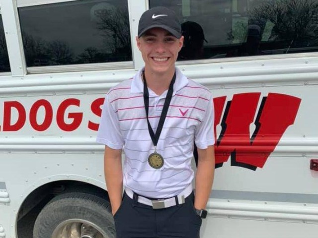 Wagoner Bulldog golfers find success on area courses
