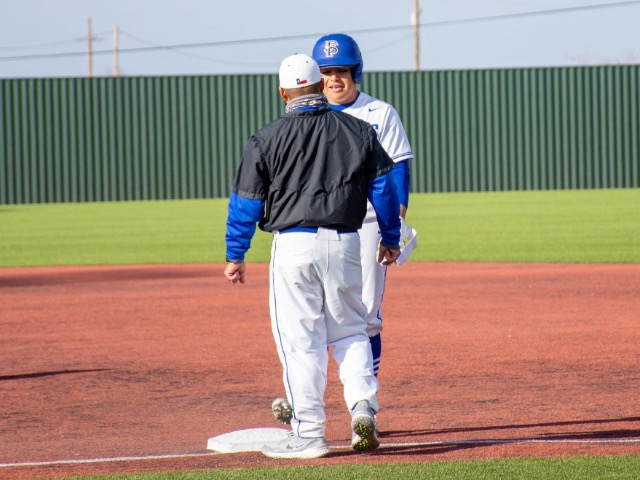 Fort Stockton Grabs Lead in Fourth Inning for Victory Over Perryton
