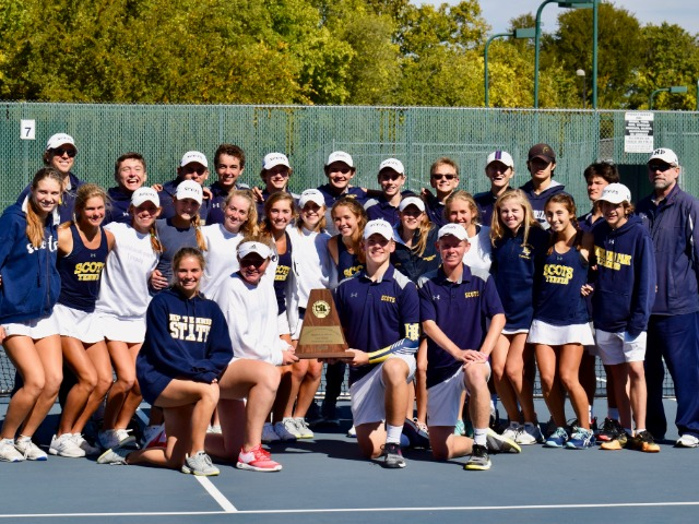 Tennis Team wins 5A Region II championship, heads to State